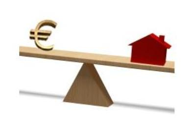 Property housing value in Spain has dropped – Time to buy