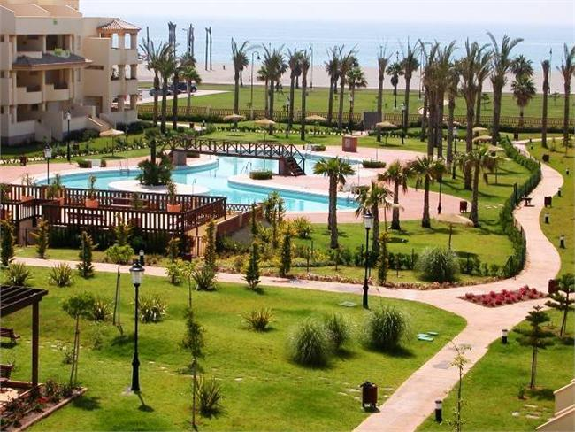 Great opportunity near the ocean in Roquetas de Mar – Andalusia