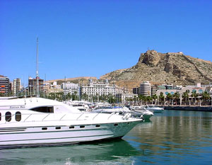Alicante and Costa Blanca. A weekend getaway to the beach